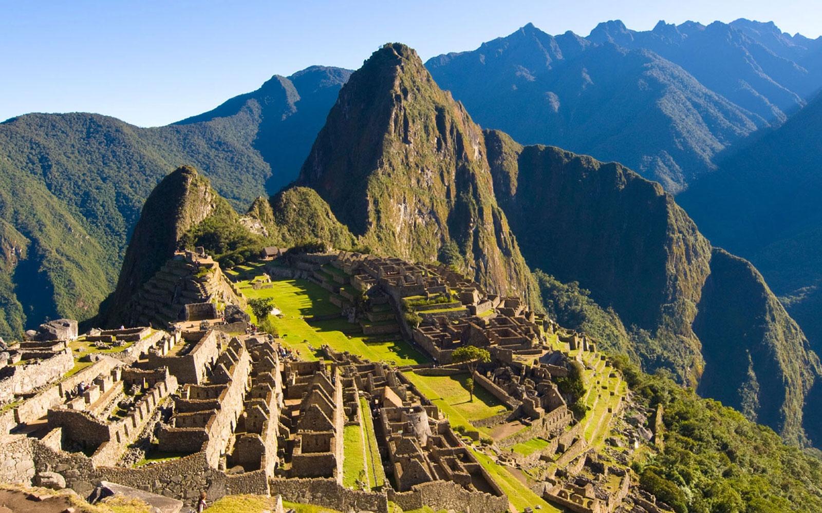 II-04 Machu Picchu -a