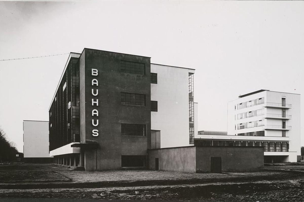 Bauhaus-building-in-Dessau-by-Walter-Gropius
