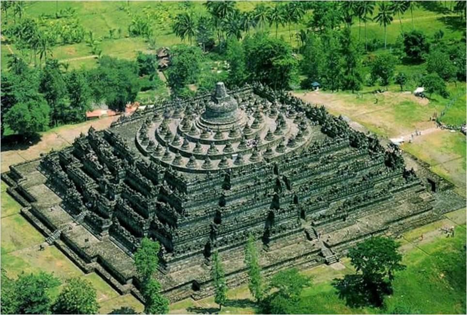 IV-05 Borobudur