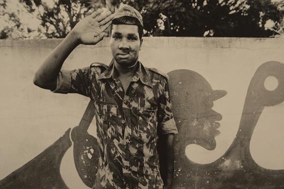 1 Mozambik 1988 web